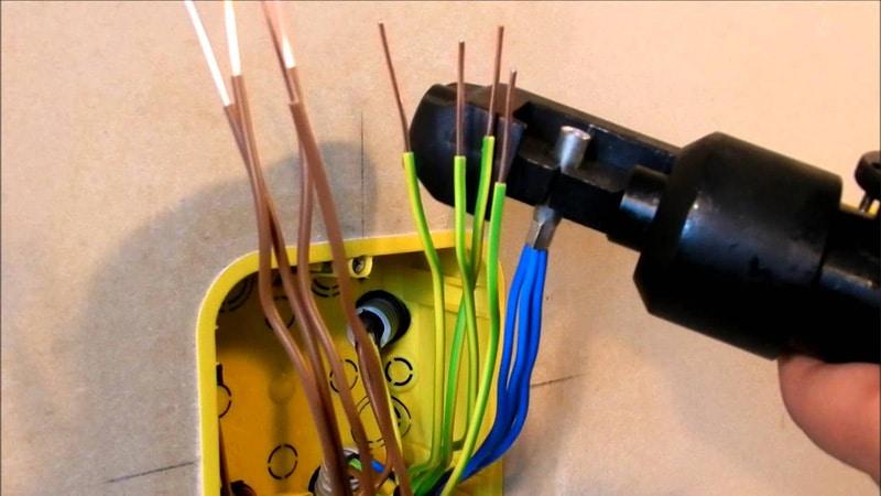 клеммные колодки для соединения проводов