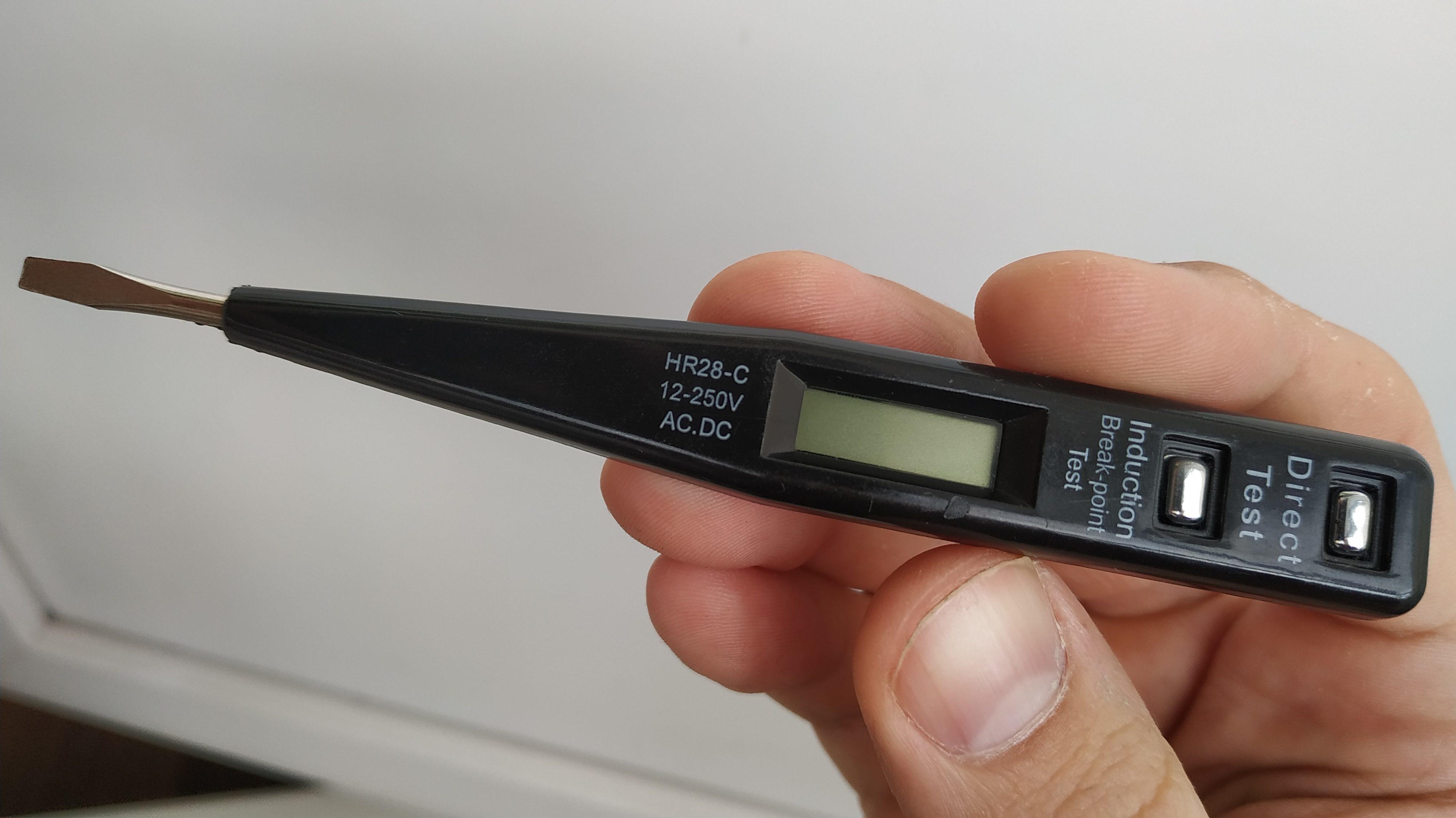 Индукционная индикаторная отвертка называется HR28-C 12-250V. Direct test AC. DC